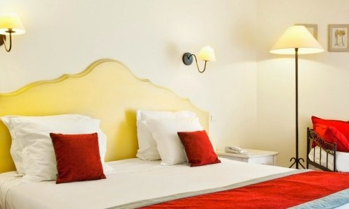 The Superior Rooms of the Hotel Best Western Le Paradou ***